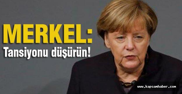 Merkel, Davutoğlu'nu aradı: Gerginliğe dikkat çekti