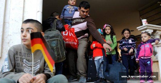 Suriyeli mültecilere 'aile birleşimine' izni verilmeyek
