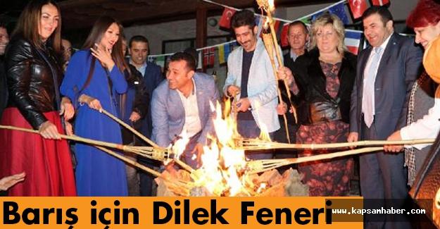 Barış için Dilek Feneri Dostluk Kazansın...
