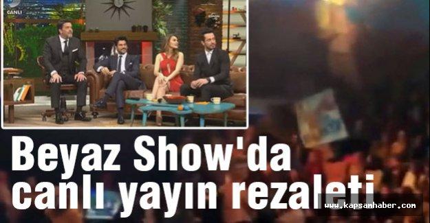 Beyaz Show'da canlı yayında yine rezalet!