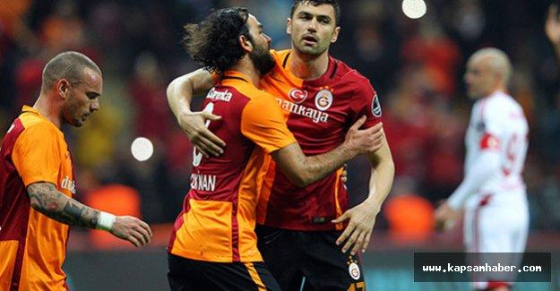 Galatasaray, Medicana Sivasspor'dan 3 puanı 3 golle aldı