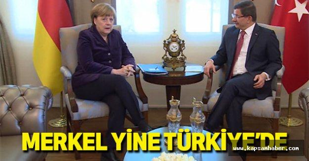 Merkel Yine Türkiye'de