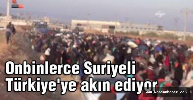 Onbinlerce Suriyeli Türkiye'ye akın ediyor