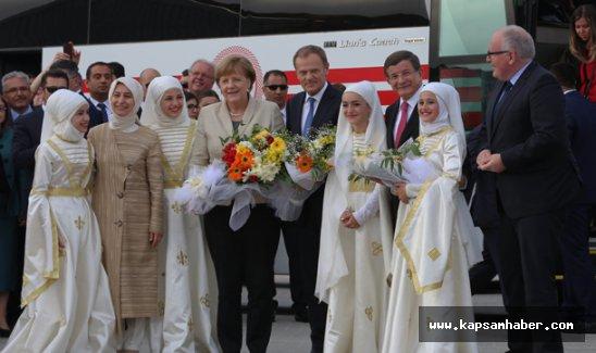 AB Konseyi Başkanı Tusk ve Almanya Başbakanı Merkel Gaziantep'te