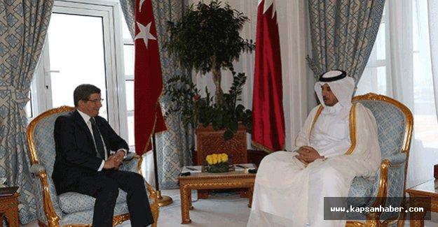 Davutoğlu, Katar Emiri ile görüştü