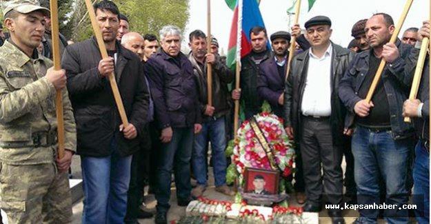 Azerbaycan şehitleri uğurlanıyor...