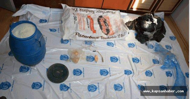 bomba yapımında kullanılan  materyaller ele geçirildi