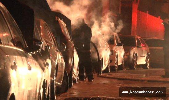 Fatih'te park halindeki 6 araç kundaklandı