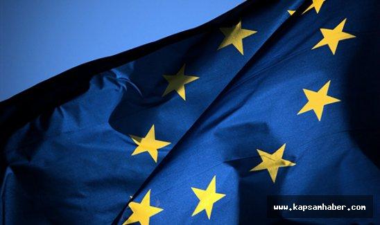 Avrupa'ya vizesiz seyahatin yolu açıldı