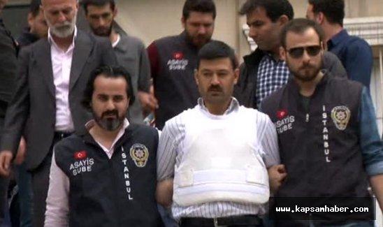 Can Dündar'a saldırının şüphelileri adliyeye sevk edildi