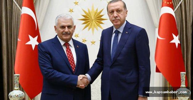 Erdoğan, Yıldırım'a hükümeti kurma görevini verdi