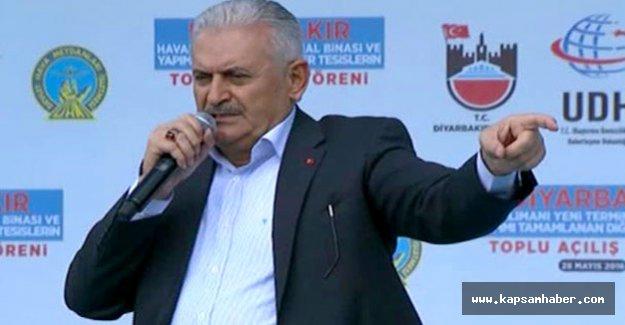 'Çözüm terör örgütünün milletle devlet arasından defolup gitmesidir'