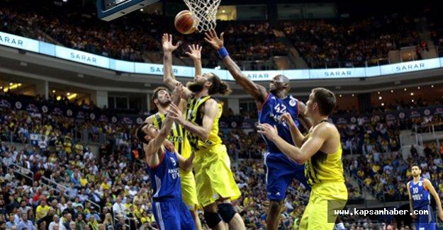 Fenerbahçe seriyi 3-1'e getirdi