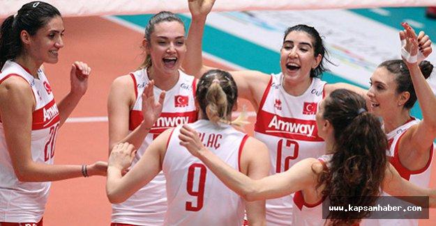 Türkiye, 3 - 4 maçında Hollanda 3 - 1