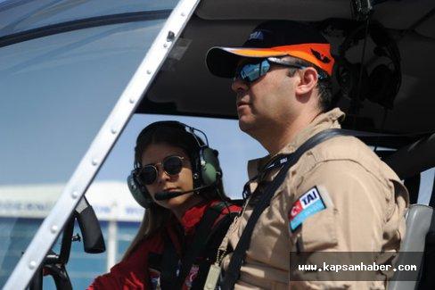 Türkiye'nin ilk kadın sivil helikopter pilotu oldu