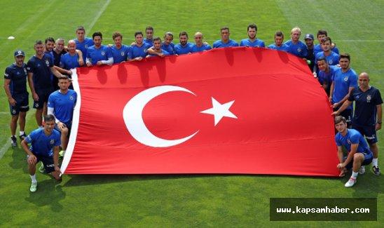 Fenerbahçe'den  Türk Bayraklı Tepki