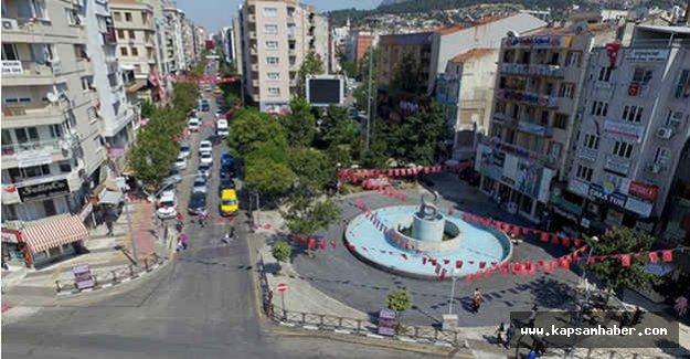 Manolya Meydanı'nın Adı Demokrasi Meydanı Oluyor