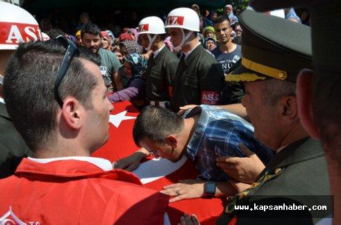 Sakaryalı şehit Aktaş'ı binler uğurladı