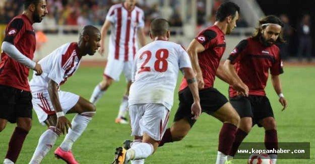Sivasspor, Tokatspor'u 3-1 mağlup etti.