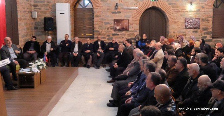 Bursa'da 'Türkiye ve İslam Dünyası' Tartışıldı