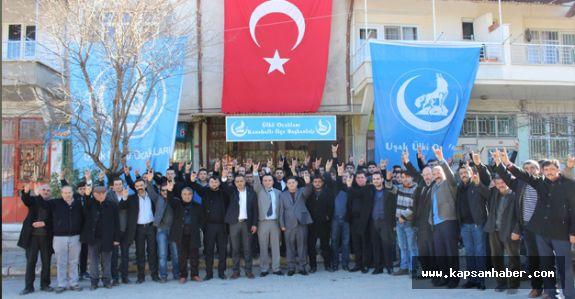 Karahanlı'da Ülkü Ocakları Hizmet Binası Açıldı