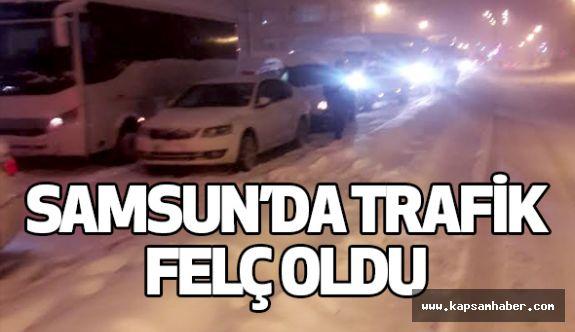 Samsun'da Kar Ulaşımı Felç Etti