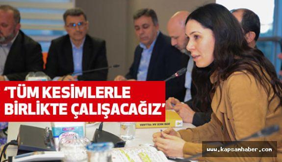 """Samsun AK Parti'de """"referandum"""" toplantısı"""