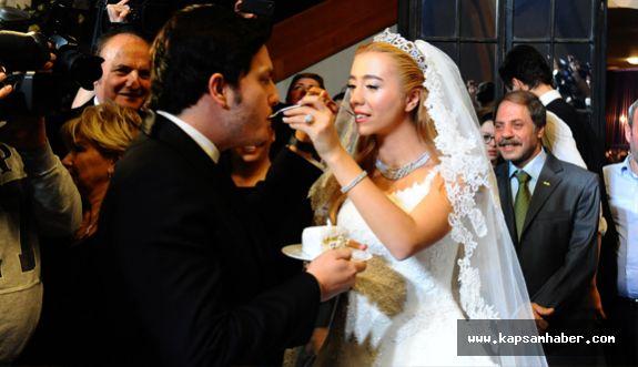 Ağaoğlu'ndan kızına görkemli düğün
