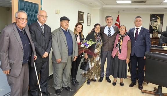Huzurevi Sakinlerinden Başkan Şirin'e İade-i Ziyaret