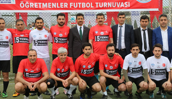 Şehitler Anısına Futbol Turnuvası