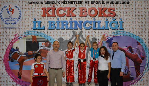 Kick Boks'ta Yıldızlar Birinciliği
