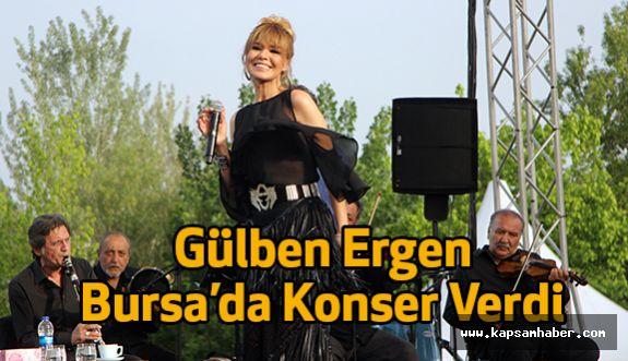 Gülben Ergen Bursa'da Konser Verdi