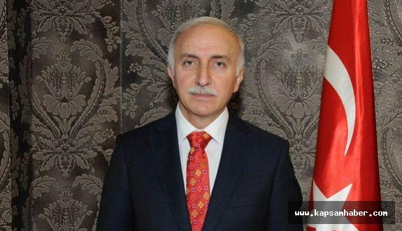 Vali Şahin, 19 Mayıs Atatürk'ü Anma Gençlik ve Spor Bayramını Kutladı