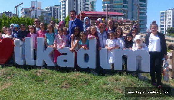 Öğrenciler Yaz Tatillerini Hem Öğrenerek Hem Eğlenerek Geçiriyor