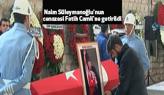 Ünlü Halterci Süleymanoğlu'nun cenazesi Fatih Camii'ne getirildi
