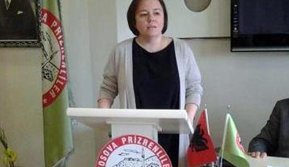 """Gülen Aksu Türker: """"Kosova'da Türk bayrağına yapılan çirkin saldırıyı kınıyoruz"""""""
