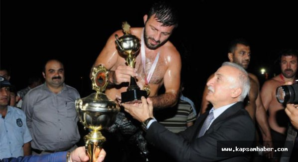 5. Geleneksel Tekkeköy Yağlı Güreşlerine 600 Pehlivan katıldı