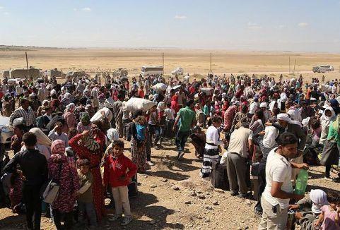 70 bin Suriyeli Türkiye'ye giriş yaptı