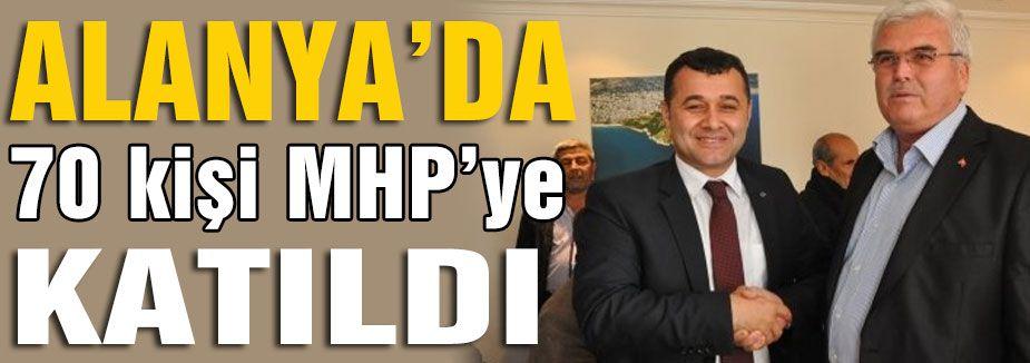 70 Kişi MHP'ye Katıldı