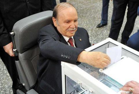 Abdulaziz Buteflika tekrar seçildi...