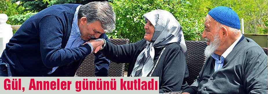 Abdullah Gül, anneler gününü kutladı