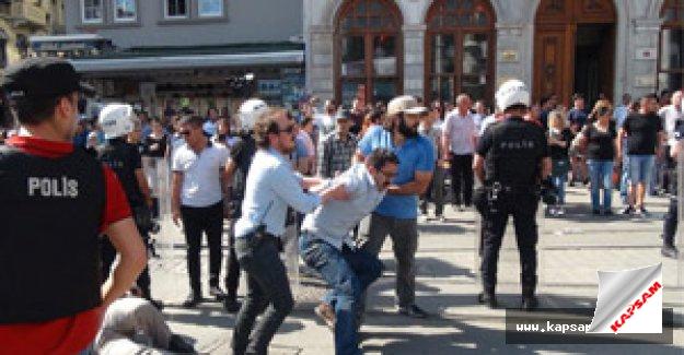 Adalet isteyen göstericiler gözaltına alındı
