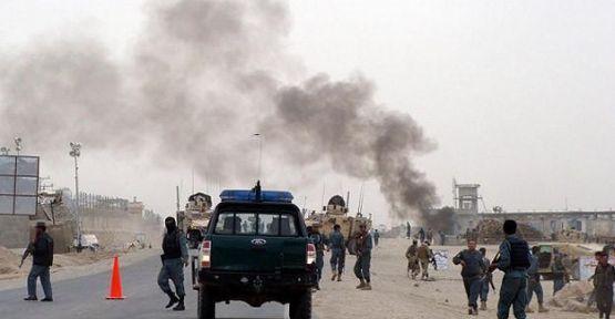 Afganistan'da bayram kana bulandı...