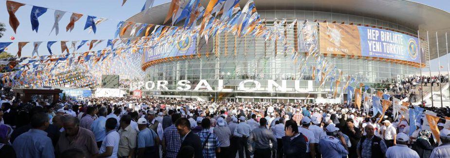 AK Parti kongresi başladı...
