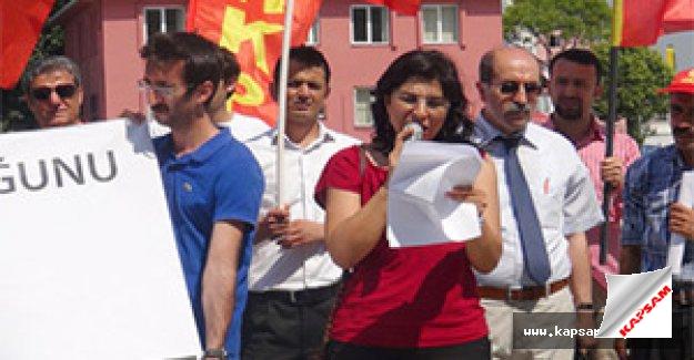 AK Partili 4 eski bakan hakkında suç duyurusu