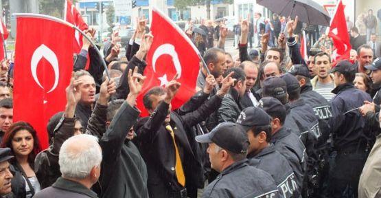 Akiller Çanakkale'de Bir avuç Çılgın Türk'ten mi Korkuyorlar...
