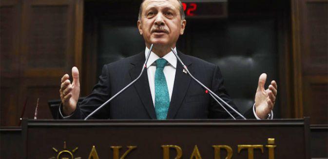 AKP  ilçe adaylarını açıklıyor...