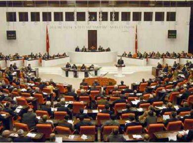 AKP kendi teklifini reddetti