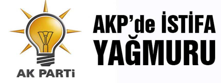 AKP 900 kişi İstifasıyla sallandı...