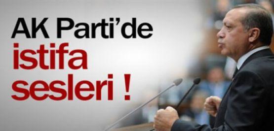 AKP'de Yaprak Dökümü Devam Ediyor